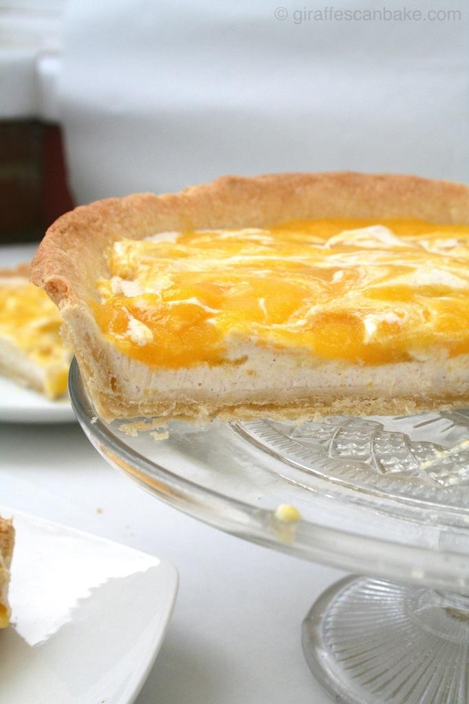 Mango mascarpone tart