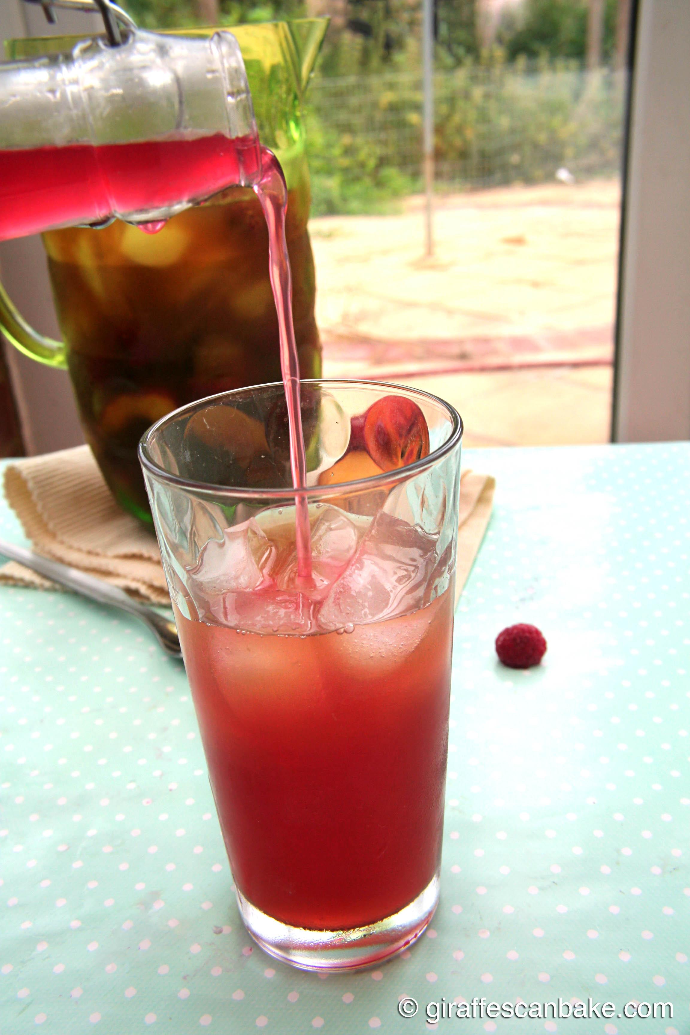 Peach and Raspberry Iced Tea |A Tipsy